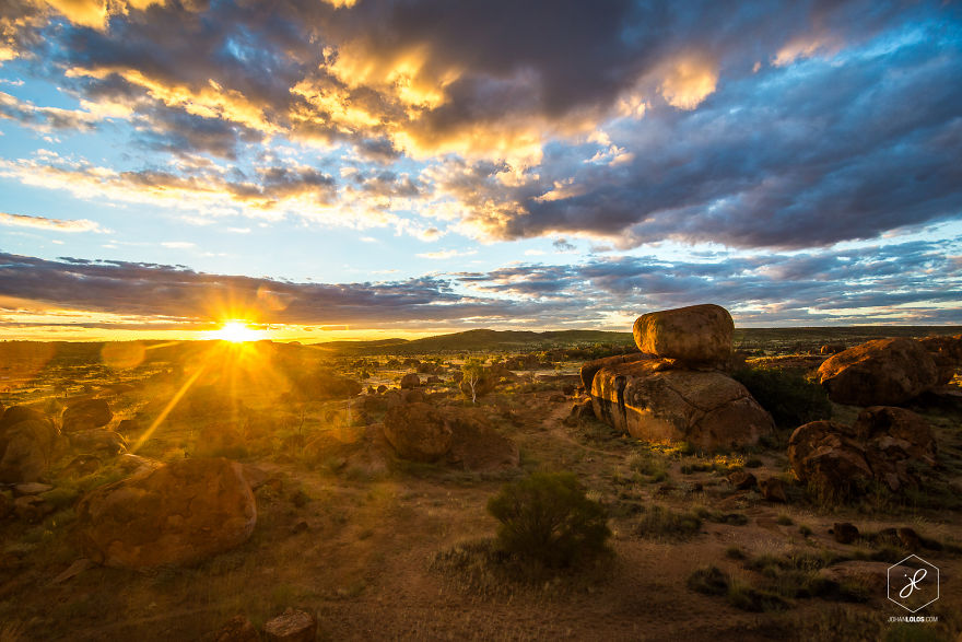 Devils-Marbles-NT__880