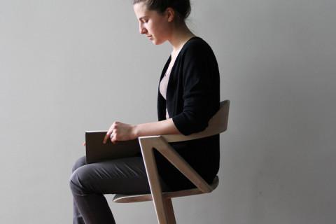 Scaunul care încurajează mișcarea