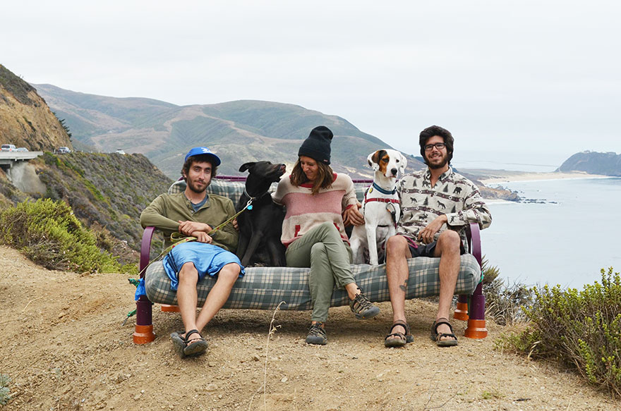 three-friends-two-dogs-one-futon-roadtrip-photos-9