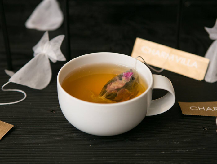 gold-fish-tea-bag-charm-villa-5