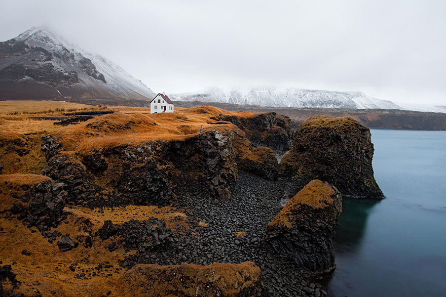 small-house-grand-nature-landscape-photography-5__880