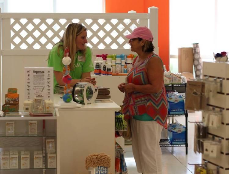 Ericka-and-Customer-750x571