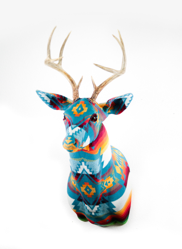 Modern-Fabric-Stag-Head-feel-desain-Chase-Halland11