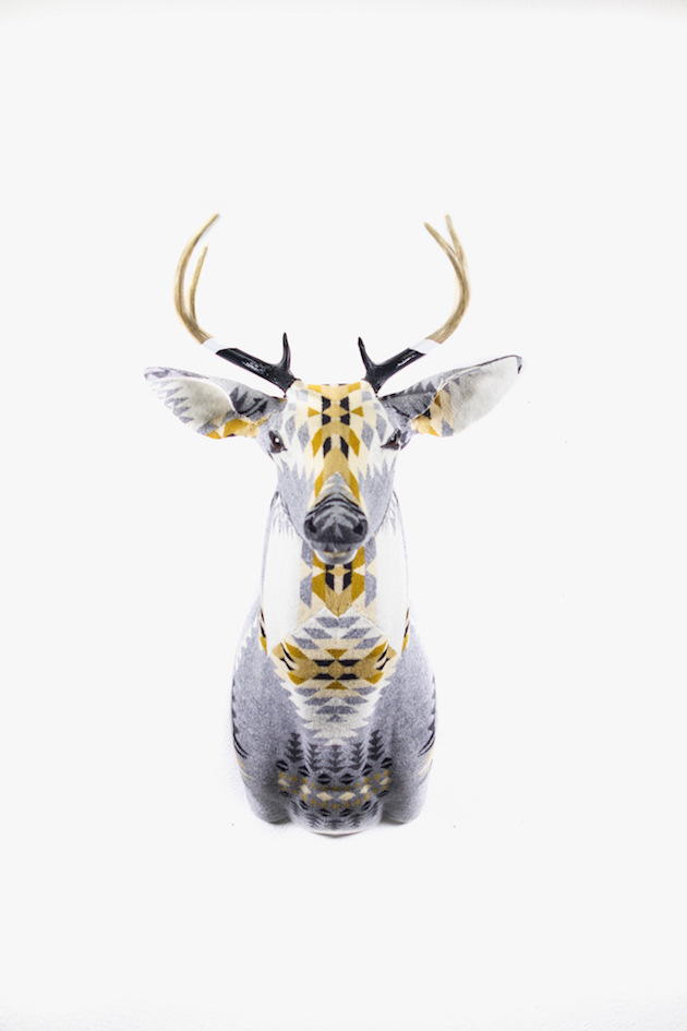 Modern-Fabric-Stag-Head-feel-desain-Chase-Halland13