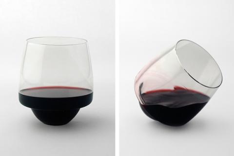 Paharul de vin care nu se varsă