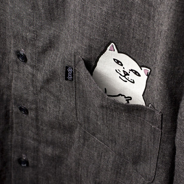 t-shirt-cat-showing-middle-finger-ripndip-3