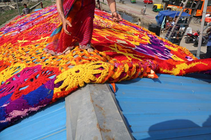 brooklyn-street-art-olek-new-delhi-street-art-india-03-15-web-11