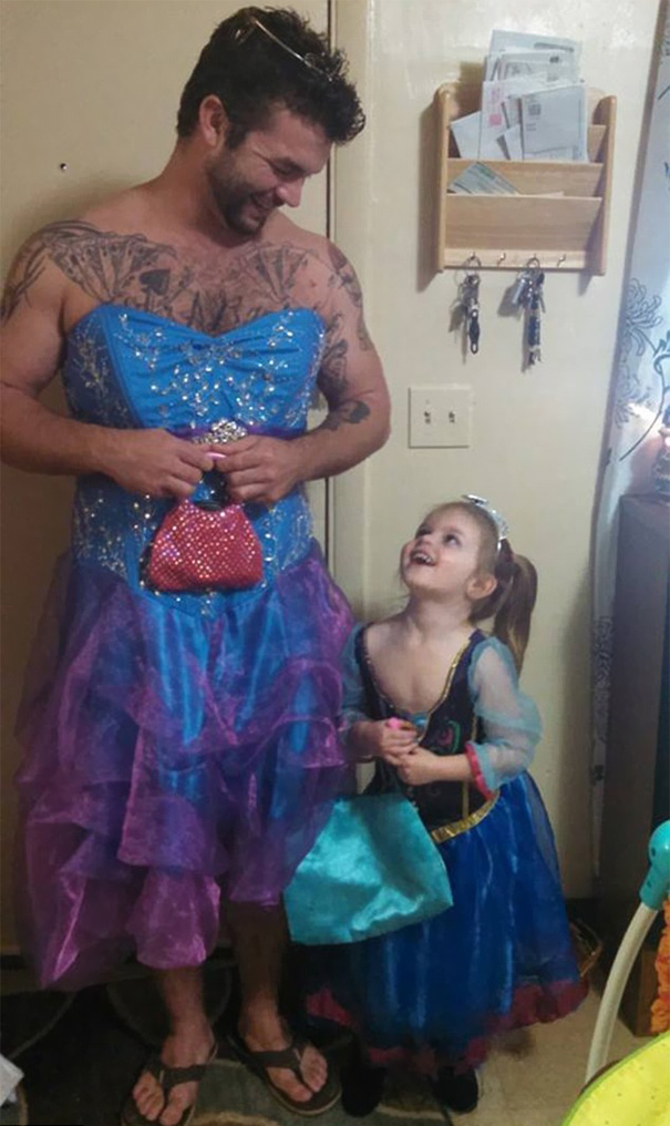 cinderella-movie-man-puts-on-princess-dress-izzy-jesse-nagy-3