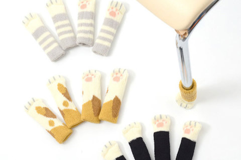 cat-paw-sock-feet-chair-nekoashi-toyo-case-1