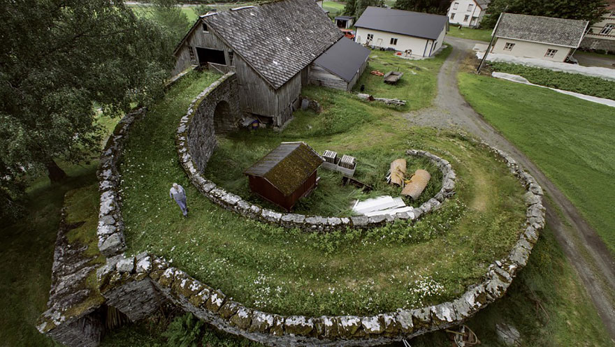 fairy-tale-viking-architecture-norway-3__880